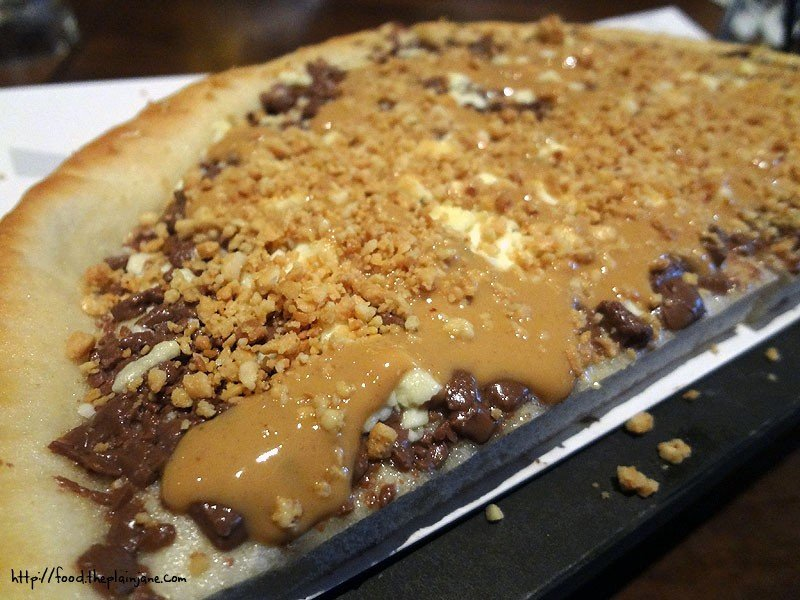 Chocolate Chunks Pizza Max Brenner 1/2 a Chocolate Chunks Pizza