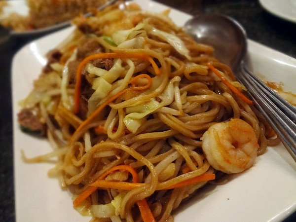 3-delicacies-pan-fried-noodles