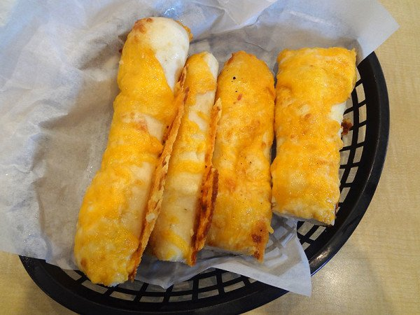 four-cheese-breadsticks-basket