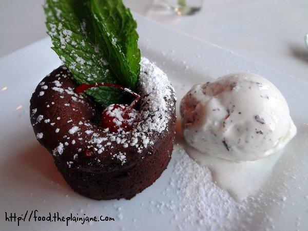 lava-cake-with-gelato