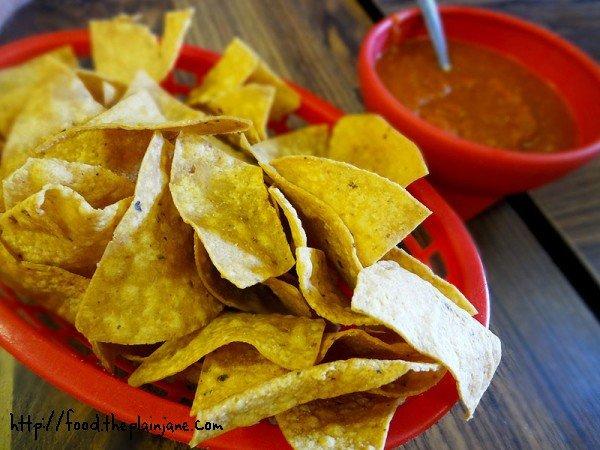 chips-salsa