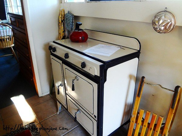 cute-kitchen-stove