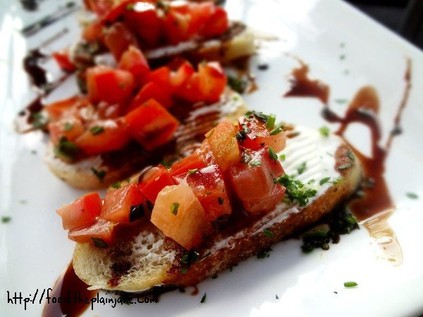 bruschetta-with-goat-cheese