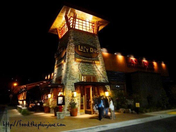 lazy-dog-restaurant-and-bar-san-diego