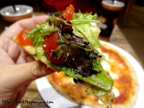 slice-of-salad-pizza-goodness