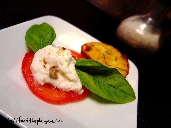 tomato-burrata-mushroom-salt