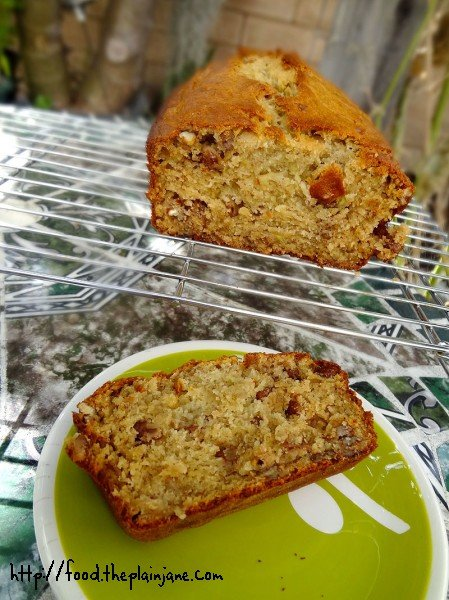 browned-butter-banana-nut-bread