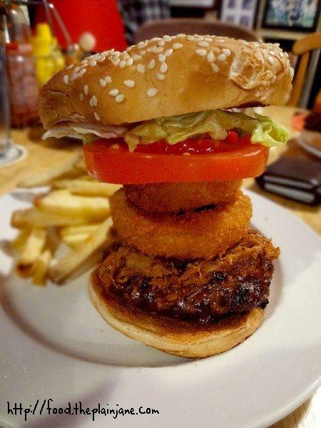 smokehouse-burger-the-high-dive-san-diego-burger-week