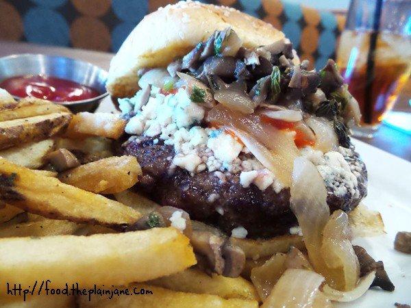 Pearl Street Blues Burger - Eureka! Burgers - San Diego