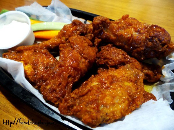 chicken-wings-at-fishtales